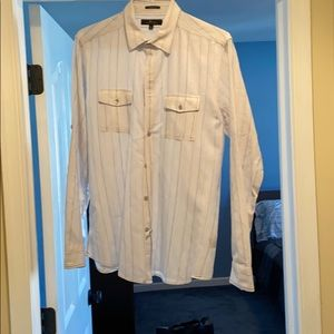 Marc Anthony slim fit button down casual shirt